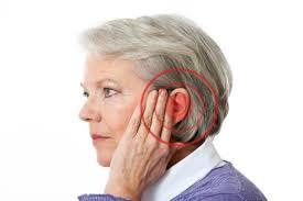 Kaj so glavni vzroki za šumenje v ušesih?