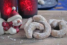Najbolj priljubljeno božično pecivo s cimetom
